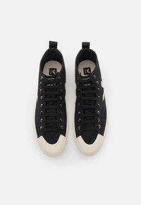 Veja - NOVA - Sneakersy wysokie - black/pierre - 3
