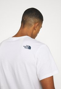 The North Face - FILLED LOGO TEE - Långärmad tröja - white