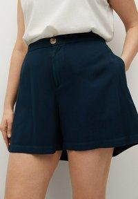 Violeta by Mango - RINGO - Shorts - dunkles marineblau - 0
