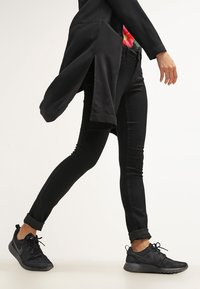 ONLY - Slim fit jeans - black denim - 3