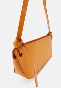 Rejina Pyo - RAMONA BAG - Handbag - leather orange - 5