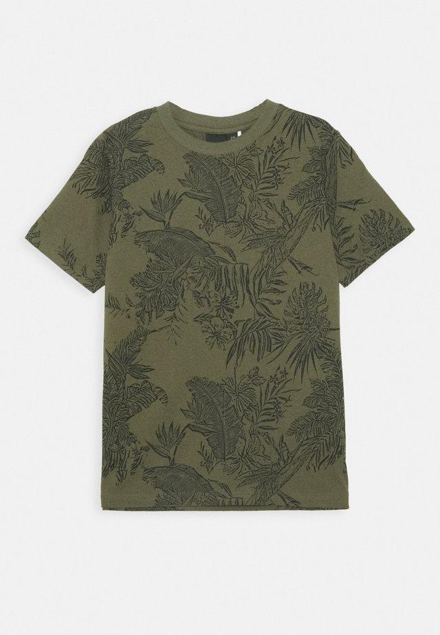 NLMLUZIOT - Printtipaita - ivy green