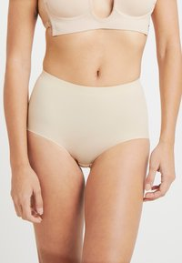 MAGIC Bodyfashion - MAXI SEXY TUMMY SQUEEZER - Shapewear - latte - 0