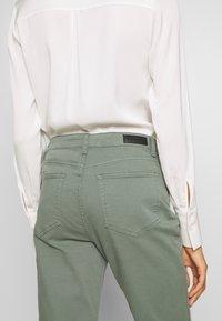 Aaiko - CEYDA - Straight leg jeans - steel green - 5