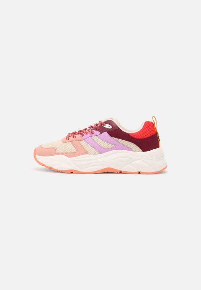 CELEST - Sneakers laag - pink/multi