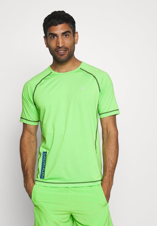 SHORT SLEEVE - Print T-shirt - green