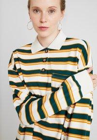 Monki - MIA - Sweatshirt - off-white/green - 4