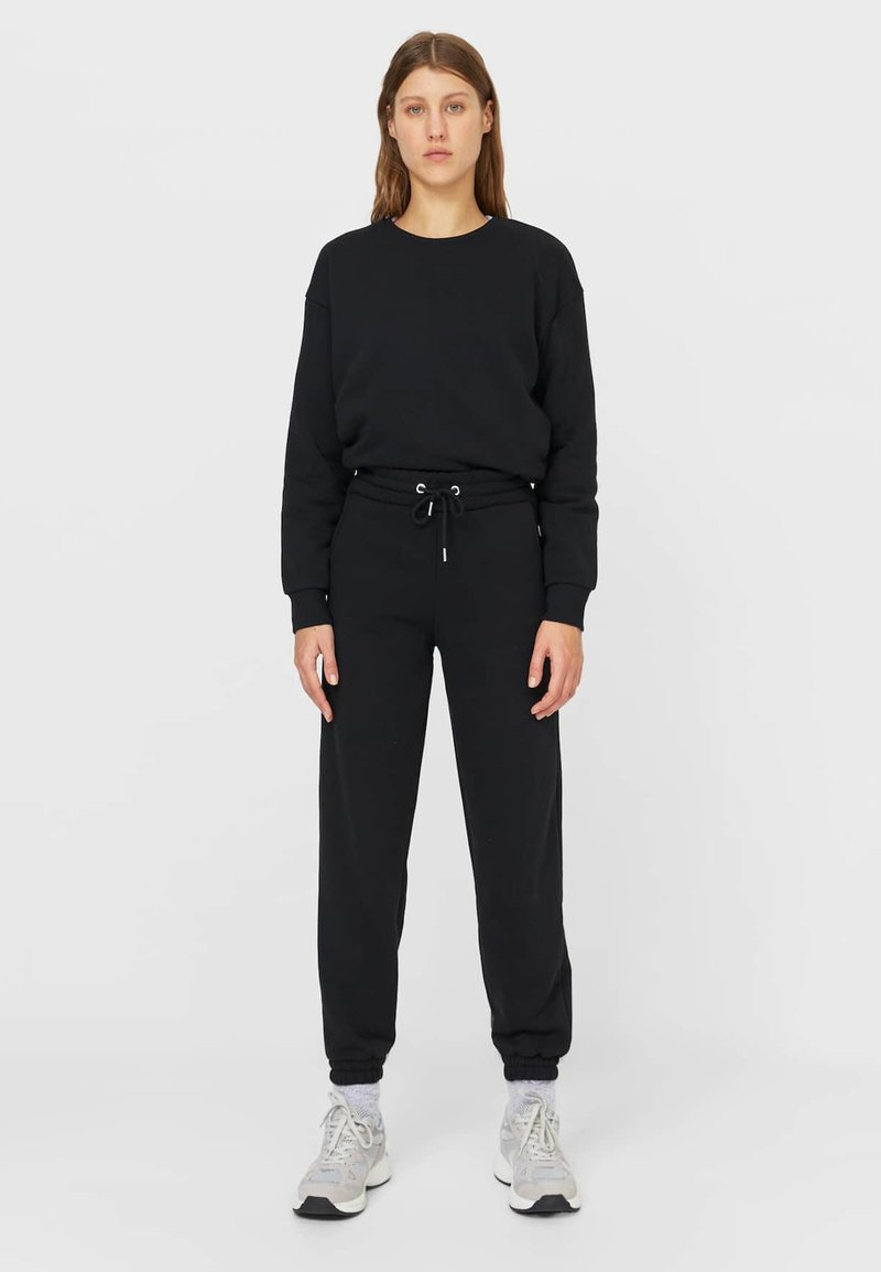 Stradivarius - SET - Tracksuit - black