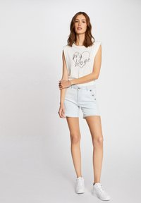 Morgan - WITH MESSAGE - Print T-shirt - off-white - 1