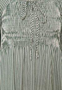 Vero Moda Tall - VMANNABELLE DRESS - Day dress - laurel wreath - 2