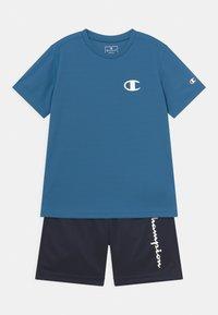 Champion - PLAY LIKE A CHAMPION BACK TO SCHOOL SET UNISEX - Printtipaita - blue - 0