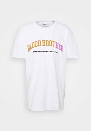 THE LOOP TEE UNISEX - Print T-shirt - white