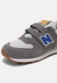 New Balance - 574 UNISEX - Sneakers laag - grey - 3