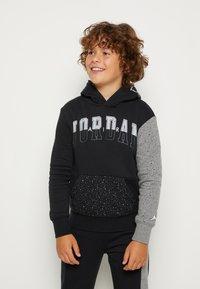 Jordan - AIR SPECKLE - Hoodie - black - 0
