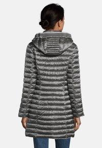 Betty Barclay - MIT STEHKRAGEN - Winter coat - grau - 2