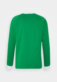 adidas Originals - ADICOLOR CLASSICS TEE UNISEX - Long sleeved top - green - 1