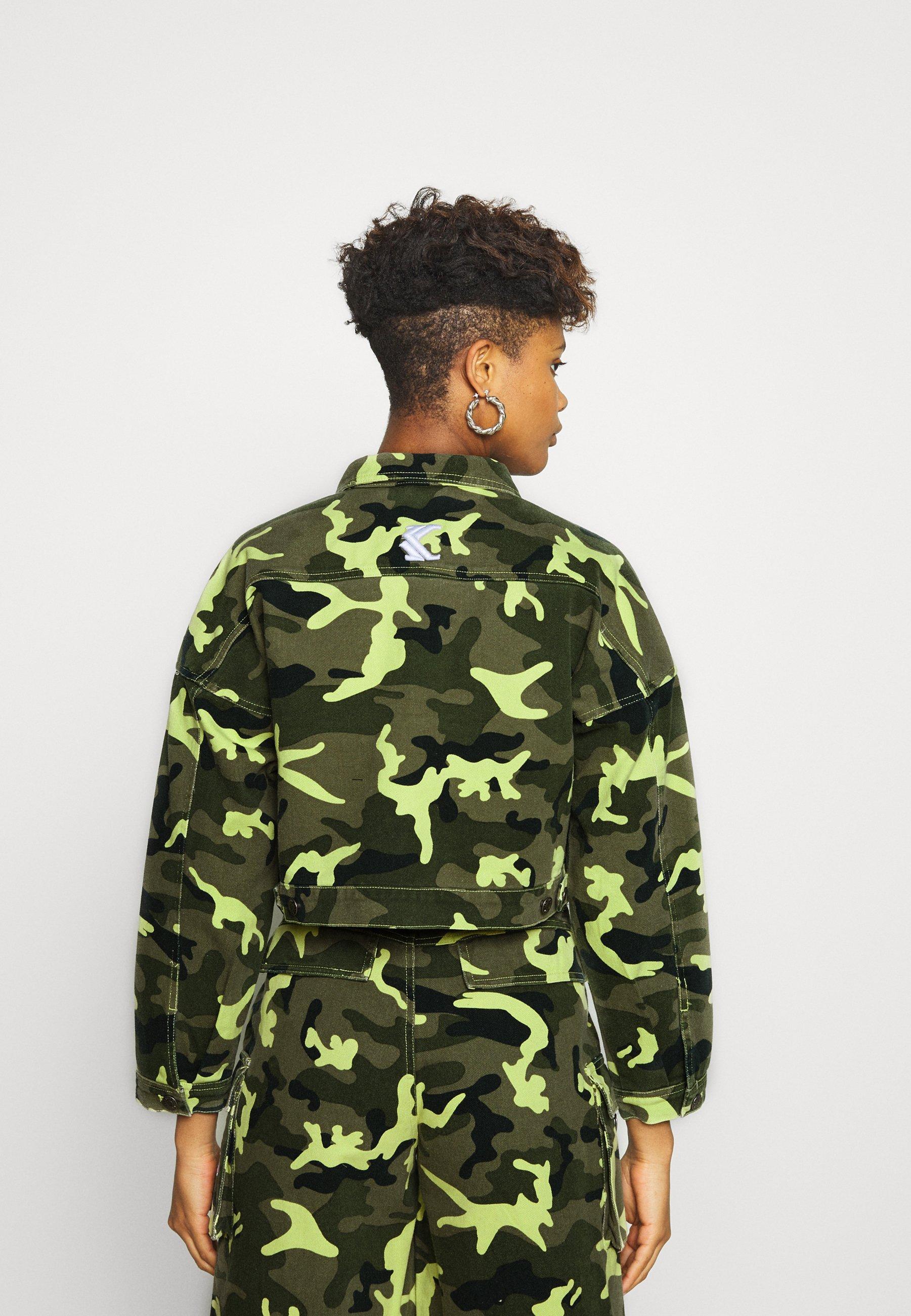 Popular Women's Clothing Karl Kani SHORT CAMO TRUCKER JACKET Denim jacket green GYpRUhJ3y