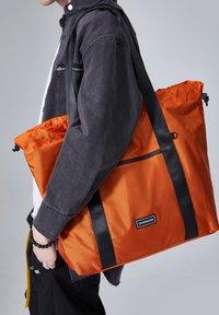 CONSIGNED - IONIA  - Shopping bag - orange - 2