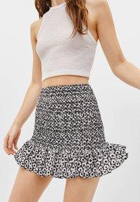 Bershka - MIT VOLANTS  - Mini skirt - black - 4