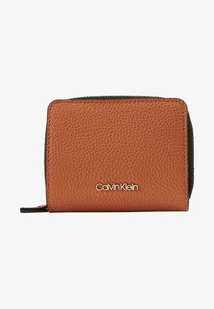 SIDED ZIPAROUND FLAP - Wallet - brown